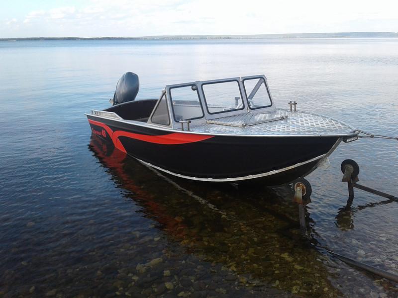 какую купить лодку пвх или алюминиевую